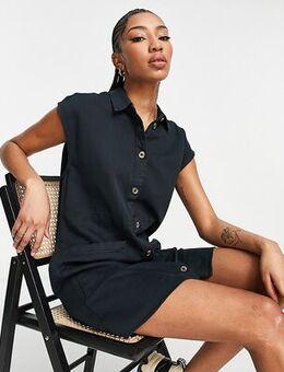 Denim shirt dress with pockets in black