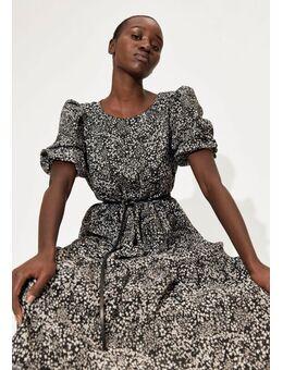 Gedessineerde jurk met volumineuze mouwen in midilengte