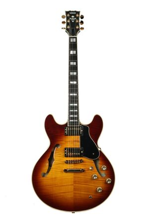 SA2200 VS Violin Sunburst semi-akoestische gitaar