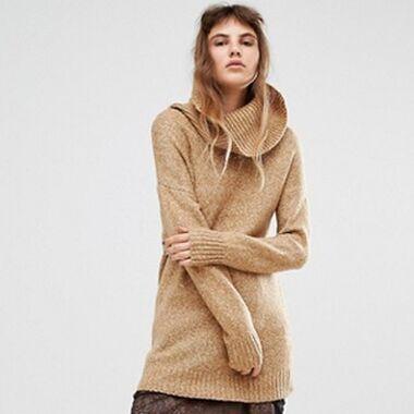 Kleid mit Pulli kombinieren? So geht's warm durch den Herbst!