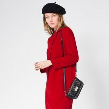 Ein rotes Kleid kombinieren mit Stil